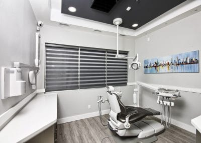 Dentist in Newmarket